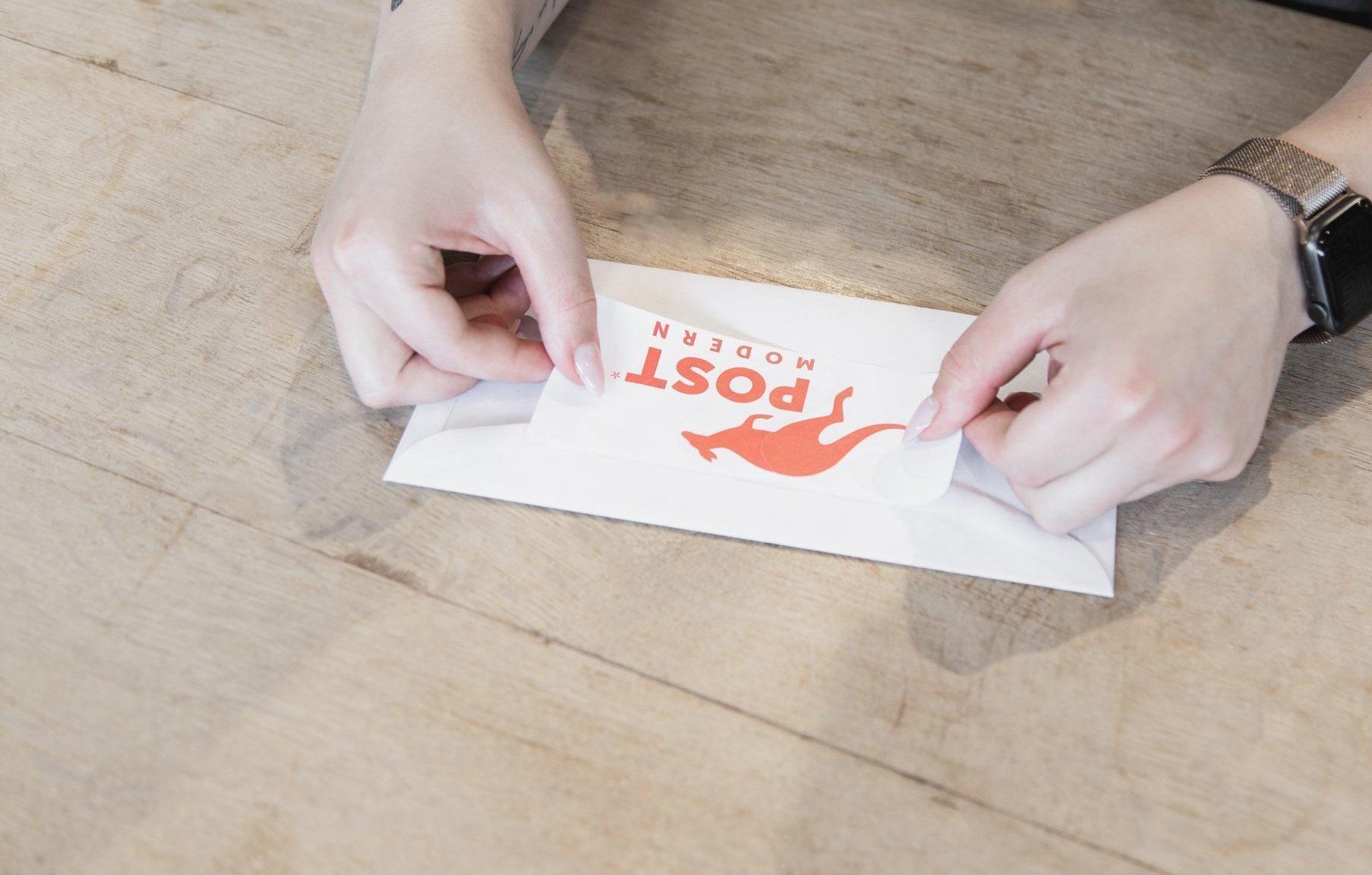 Individuelle Frankierklischees mit ihrem Logo